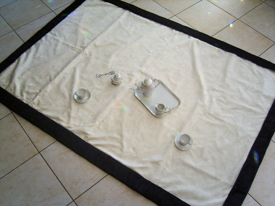 The Picnic Blanket with creme-colored inlay