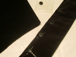 Marquis Coat button, taking the color of both garment materials